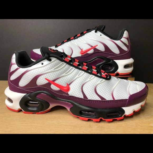 Nike Air Max TN Plus Tuned Running Shoe CD7061 101 NWT